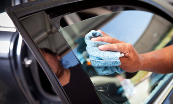 Auto Glass Repair and Replacement Sacramento
